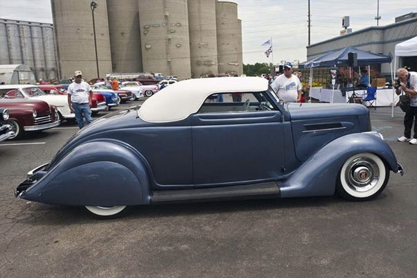 CustomCarRevival-2014-06-W