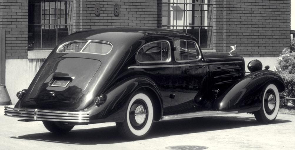 CCC-1933-Cadillac-Aerodynamic_1600
