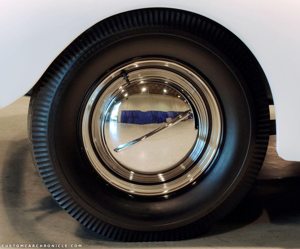 ccc-black-wall-tires-fowler-detail