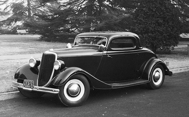 CCC-34-Ford-Coupe-01-W