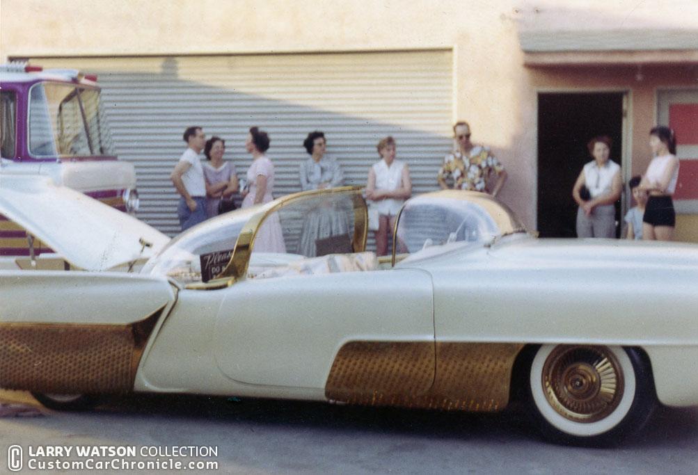 golden sahara at watsonscustom car chronicle. Black Bedroom Furniture Sets. Home Design Ideas