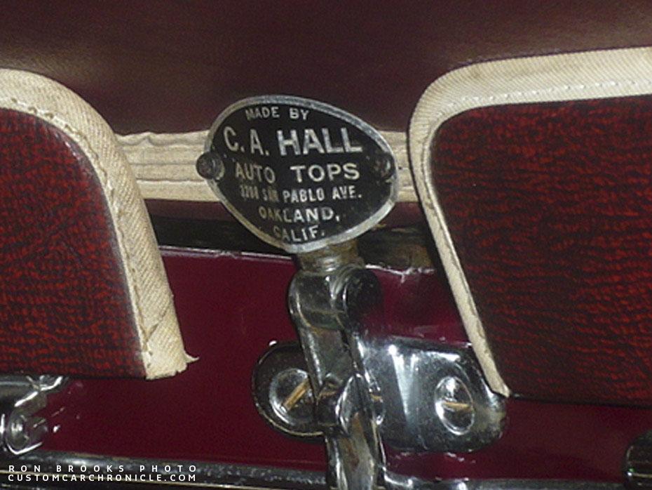 CCC-custom-upholstery-tags-hall-08