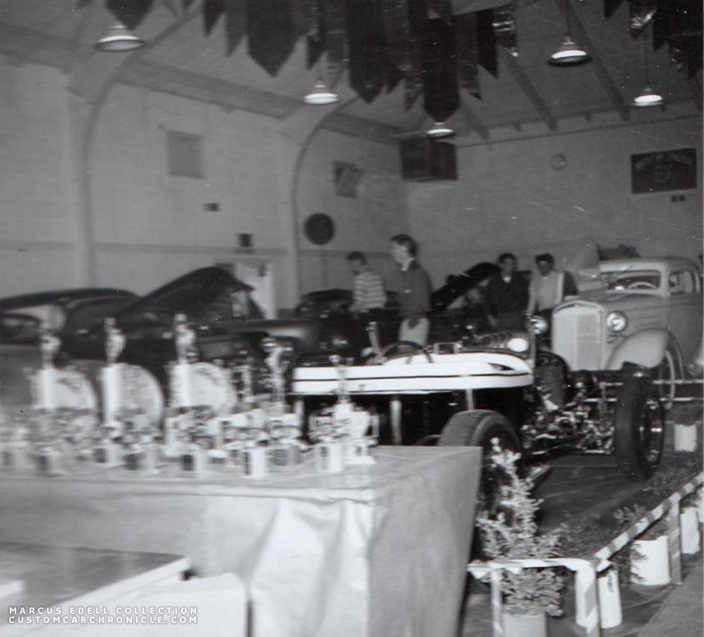 CCC-kar-kapades-1956-02