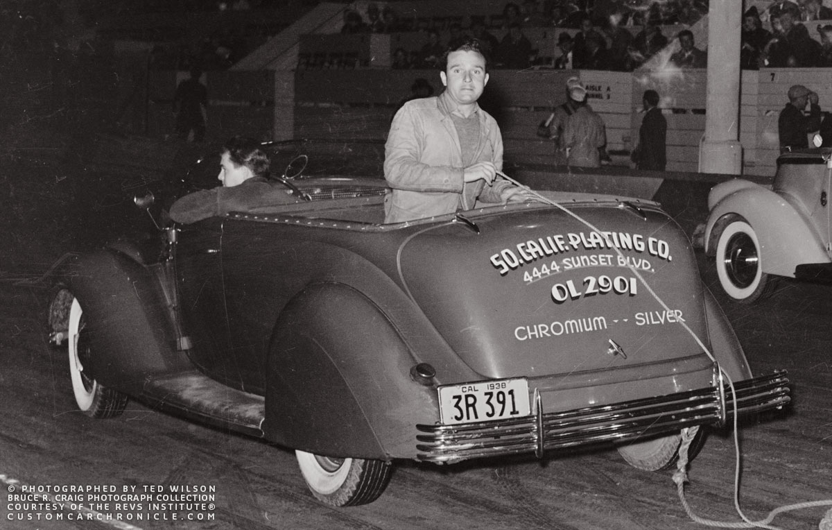 CCC-so-california-1936-ford-night-revs