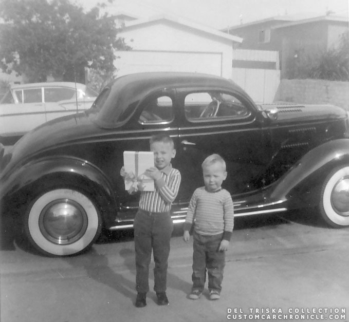 CCC-del-triska-36-ford-coupe-wyn-and-brian