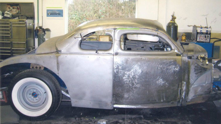CCC-donn-lowe-40-ford-coupe-03