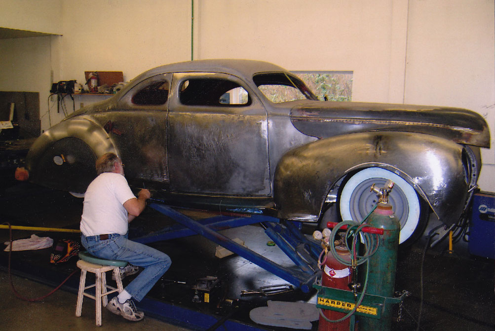 CCC-donn-lowe-40-ford-coupe-09