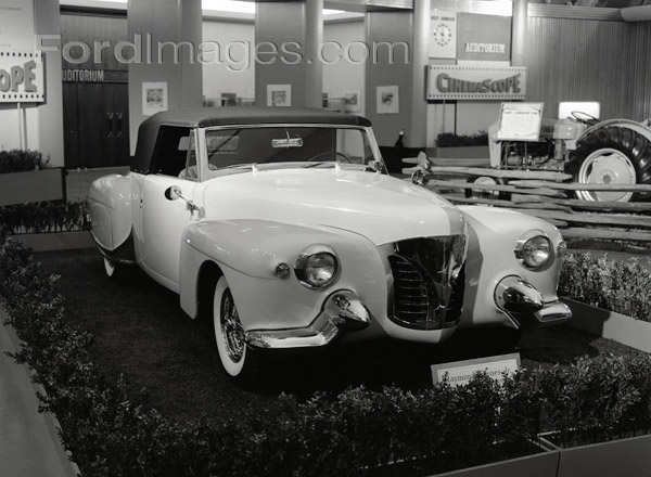 CCC-ford-rotunda-customs-56-show-03
