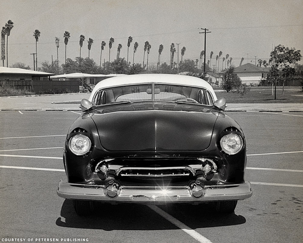 Bob Dofflow 1949 Ford Custom Car Chroniclecustom Chronicle 2 Door Sedan Dead On Front Show Shows How Well All The Elements Work Together Bobs Repeating Grille Teeth Above Headlights Perfectly Rounded Hood