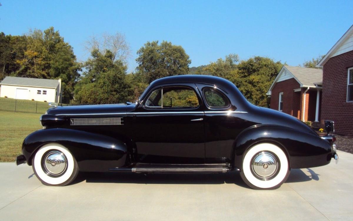 1937 Cadillac stock