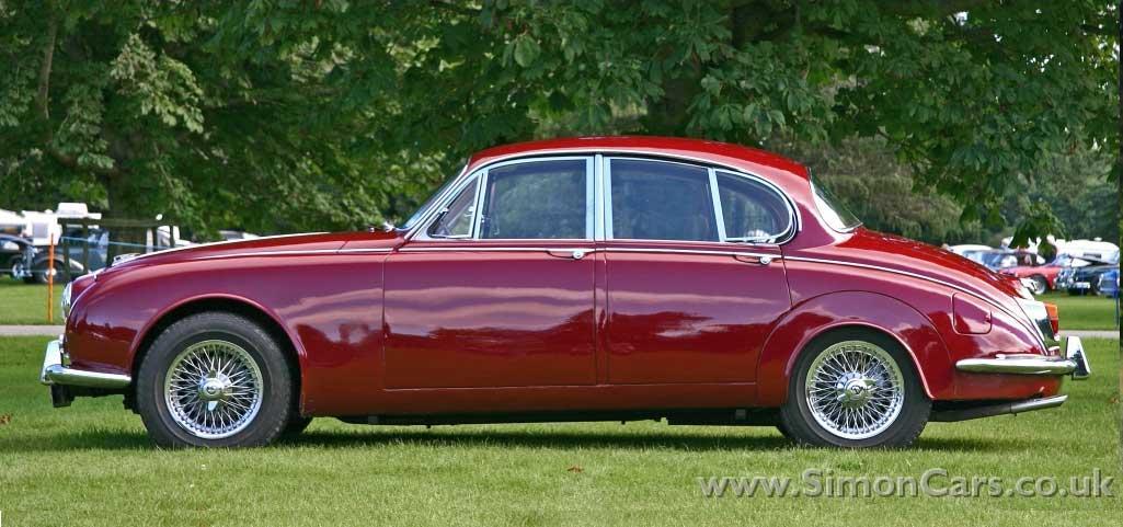 Daimler-V8-250-sider