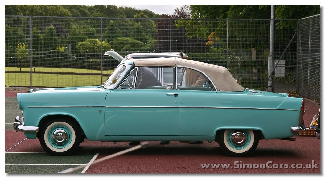 Ford Zephyr MkII Comvertible side