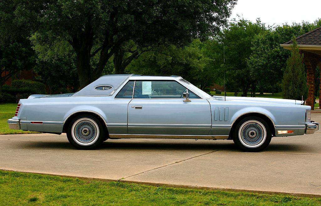 1978-Lincoln-Mark-V-DJ-blue-b