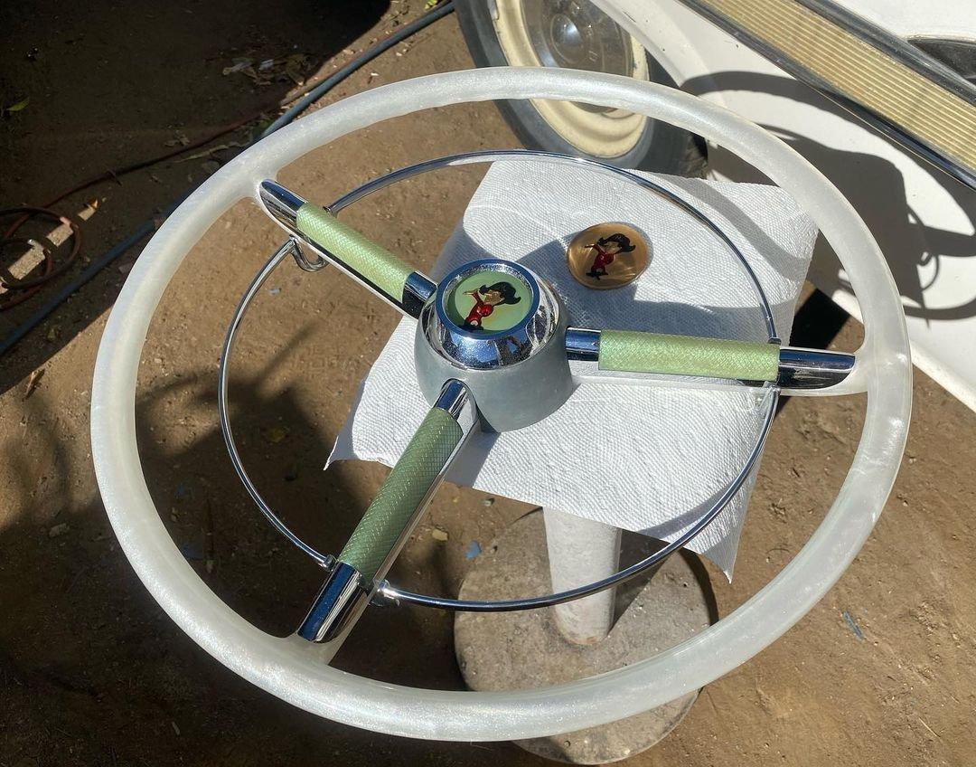 steeringwheelkris-138961985_222014546145400_4057862644417963448_n